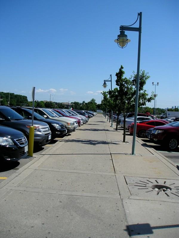 Walkway – Erin Mills Mall, Mississauga