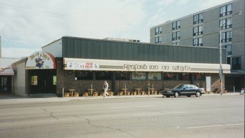 1995 - Photo by Phil Cox, Renford Inn and The People's Pub. Image from the City of Edmonton Archives © EA-207-709.