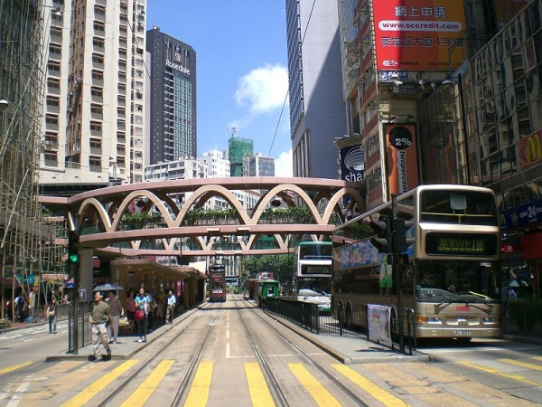 Yee Wo Street Skyway, Hong Kong. Photo Credit: RoxRox via Creative Commons