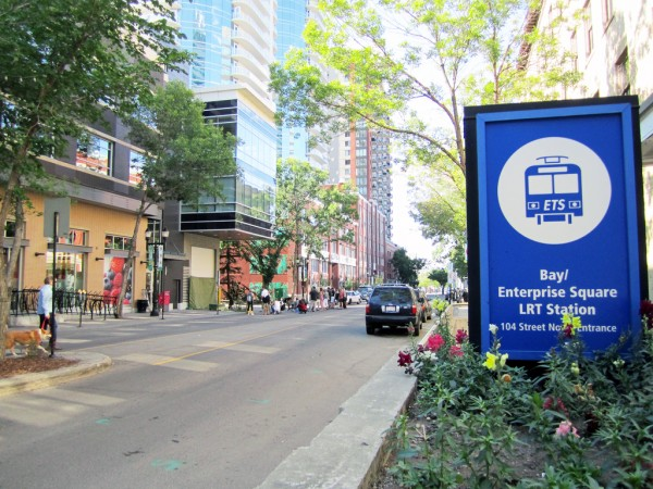 Existing LRT logo at Bay-Enterprise Station. Photo credit: Mack Male, 2011.