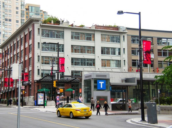 TransLink's 'T' signage at Yaletown-Roundhouse station. Photo credit: Stephen Rees, 2010.