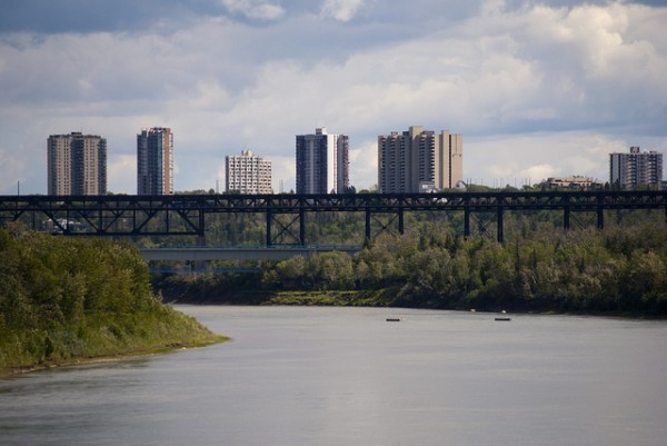 Overlooking the North Saskatchewan. Photo by Marcel Schoenhardt.