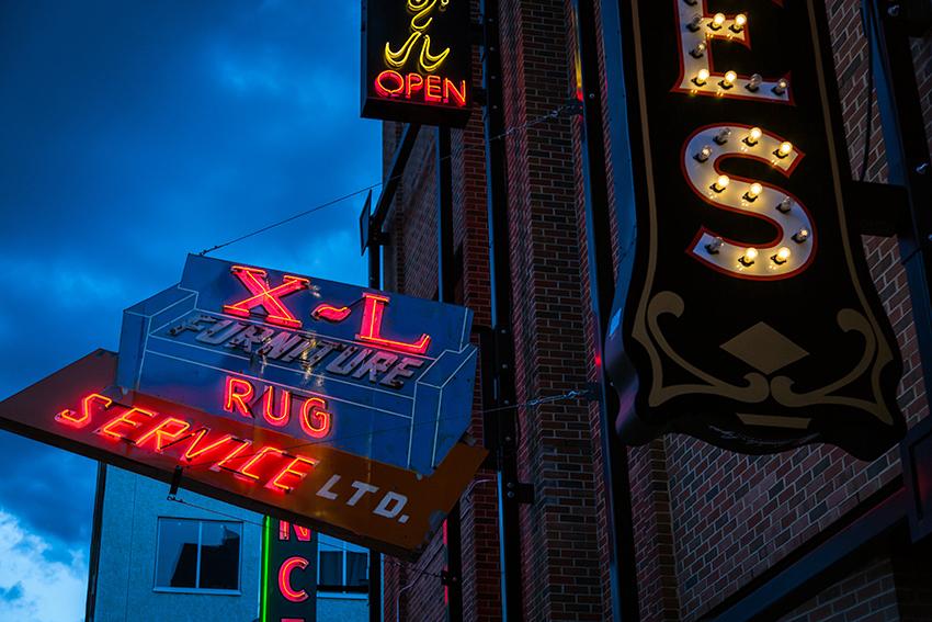 edmonton-neon-sign-museum-6322_web