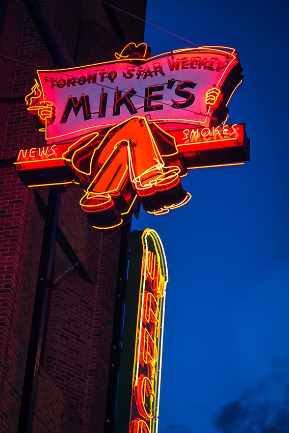 edmonton-neon-sign-museum-6460_web