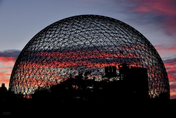 Left: The American Pavilion from Expo 67 in Montréal, designed by Buckminster Fuller. It is now known as The Biosphère, a museum dedicated to the environment.