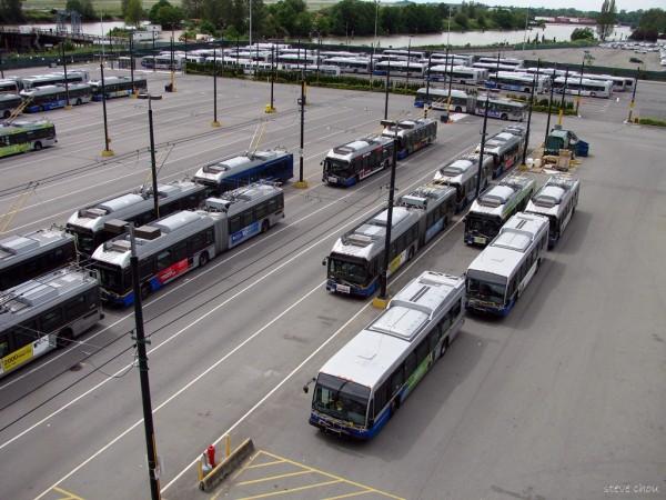 vancouver-bus-steve-chou