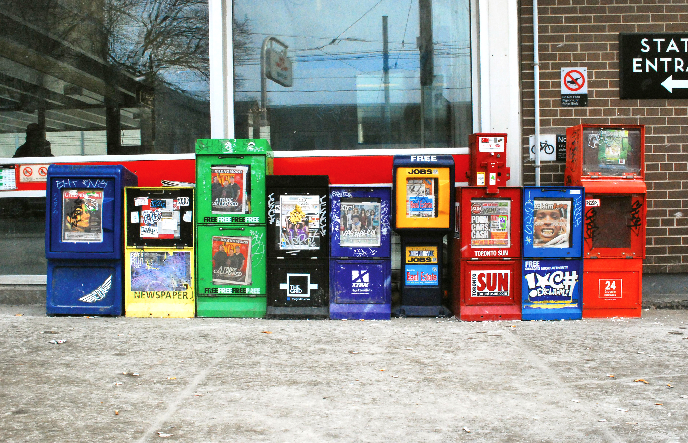 Box Culture : In this issue the slow demise of newspaper box