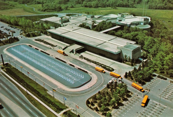 MOD-ontario-science-centre-2-mr1