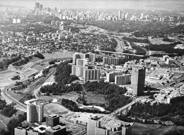 Flemingdon Park, Thornecliffe Park, and Don Valley Corridor. Source: Lockwood Survey Corporation