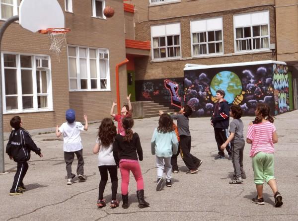 parks crisis hechel school