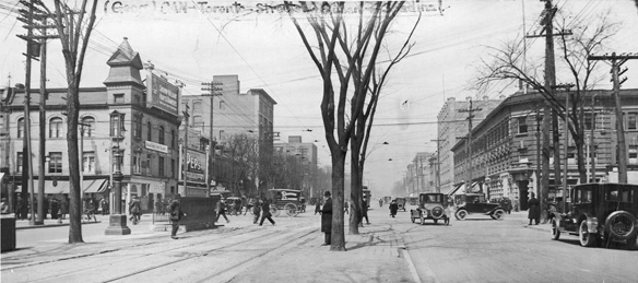 Queen-&-Spadina-1926ish---ARCHIVES