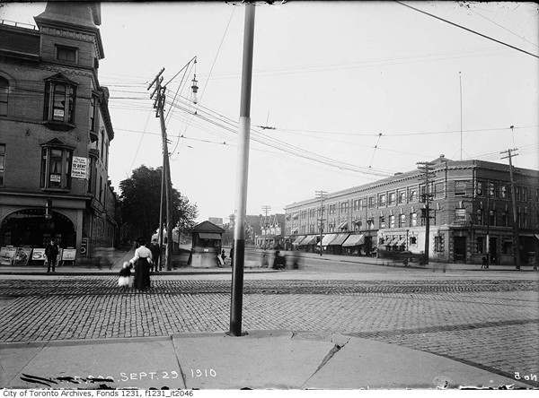 Queen-&-Spadina---Sept-29-1910---ARCHIVES