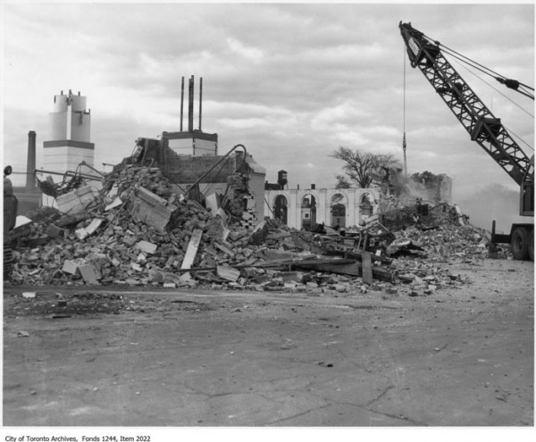 20160303-Dufferin-Demolition