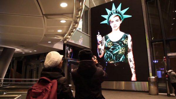 Gabriel Barcia-Colombo. New York Minute (video still), 2014.