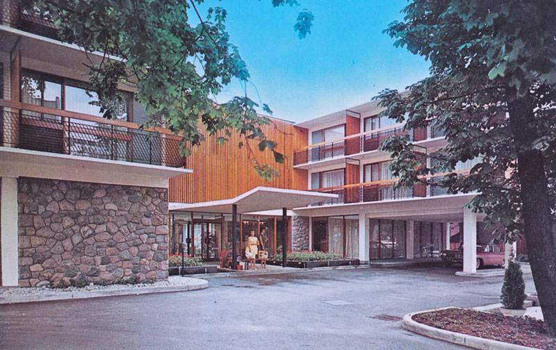 toronto four seasons motor inn