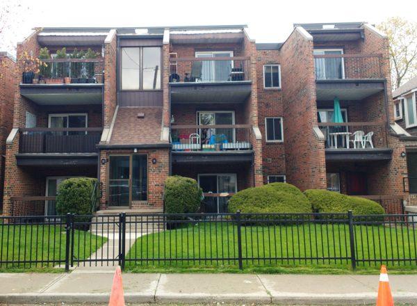 Mid-block apartment