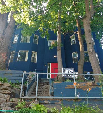 Apartment - mid-block, up hill