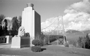 View of the lion statues in 1939, just after the bridge was opened. CVA 260-987