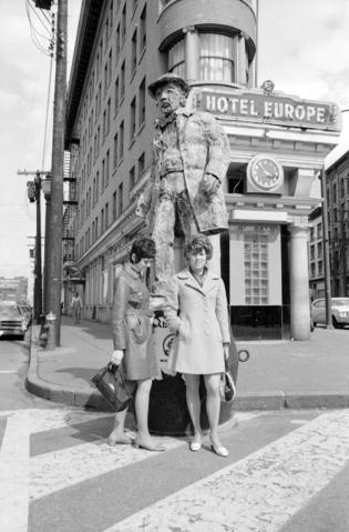 Photo credit: Scene in Gastown. 1970 CVA 1435-470