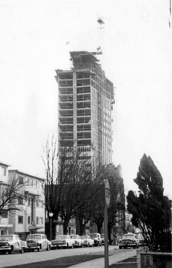 CVA Bu P519. The BC Electric Building under construction in 1956.