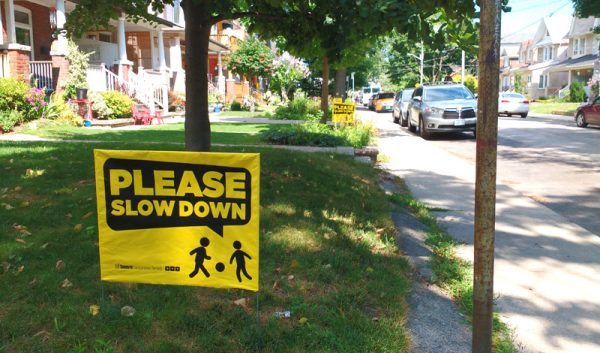 Slow Down Signs >> Do Slow Down Lawn Signs Actually Work Spacing Toronto